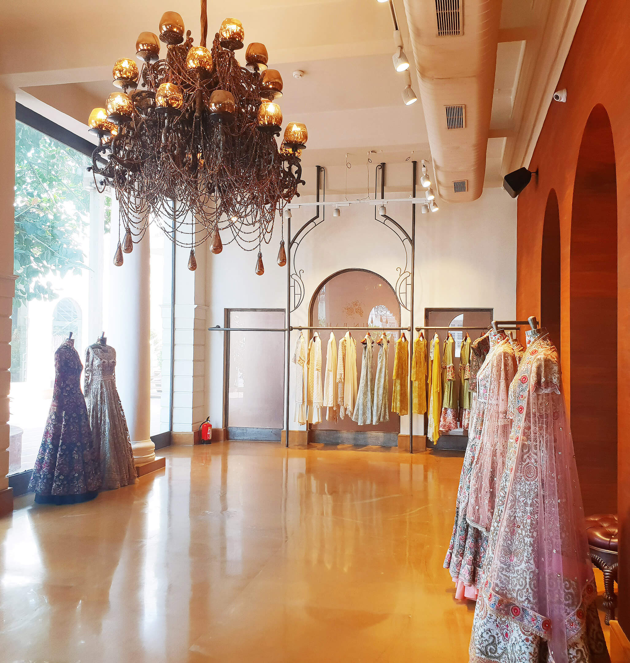 varun bahl showroom